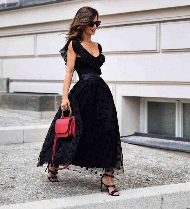 La ropa negra en verano. Street Style