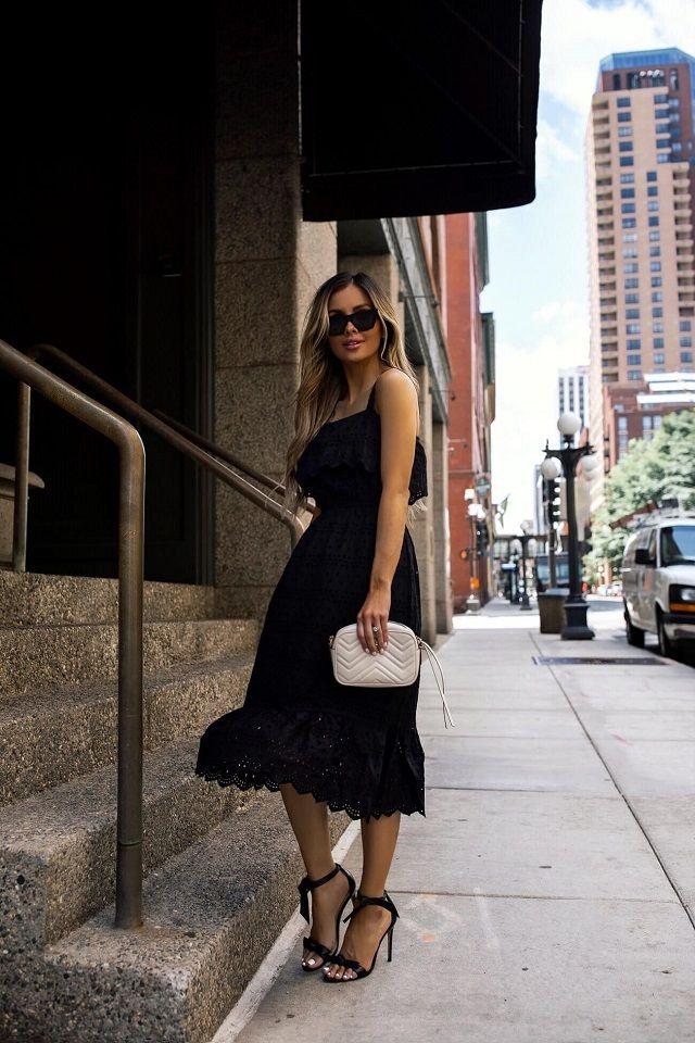 Look negro de verano en el Street Style