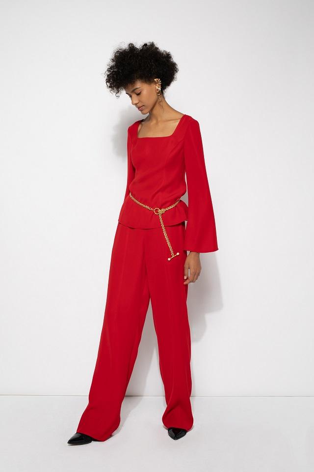 Color rojo en las colecciones 2022
